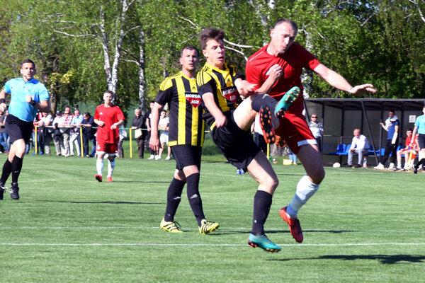 Foto z minulotýždňového zápasu jari Hontianska Vrbica - Želiezovce.