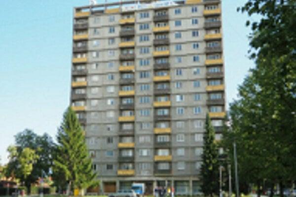 Výšková budova v Partizánskom.