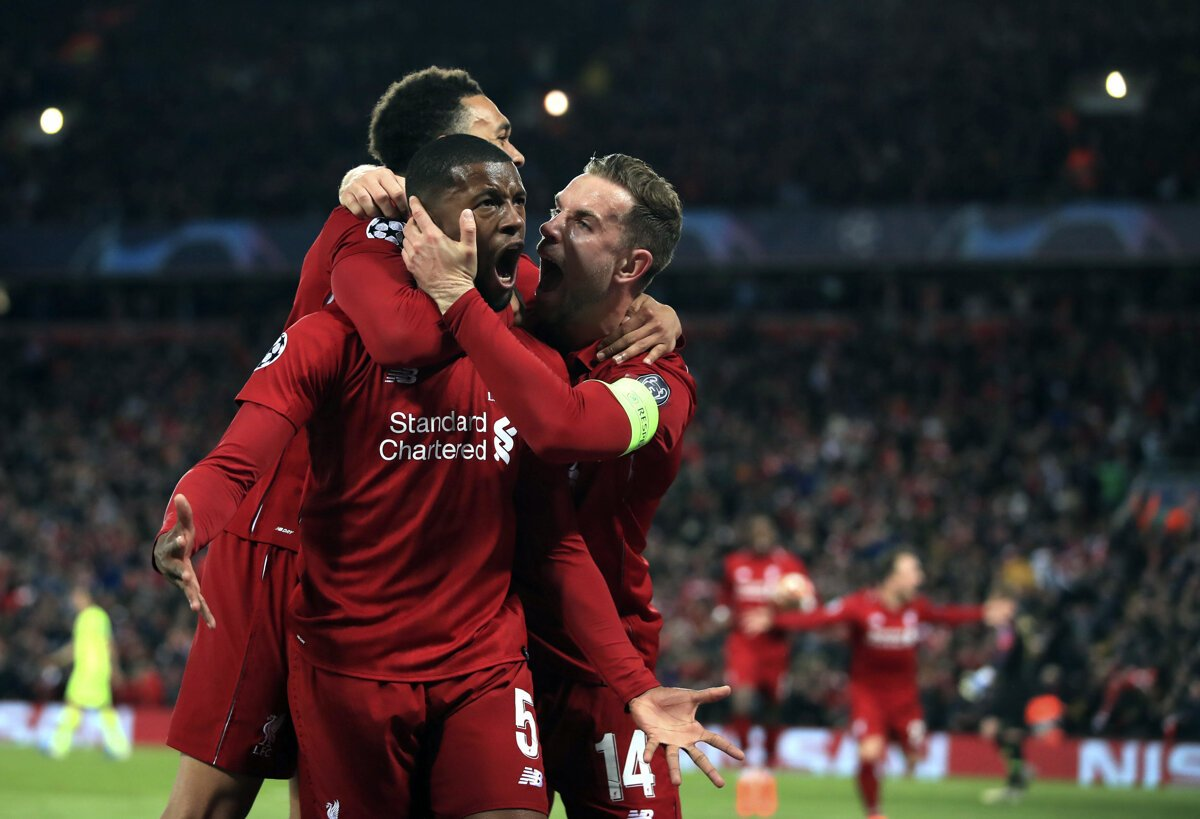 3e5eff8310 Momentka zo zápasu FC Liverpool - FC Barcelona v semifinále Ligy majstrov