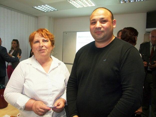 Koordinátor Milan Lakatoš a asistentka Valéria Domaracká.