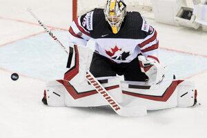 Matt Murray (hore) a Marko Daňo v zápase Slovensko - Kanada na MS v hokeji 2019.