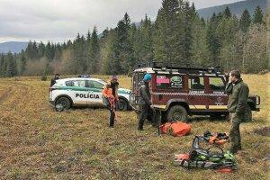 Poliakom pomáhali pri pátraní aj slovenskí horskí záchranári.