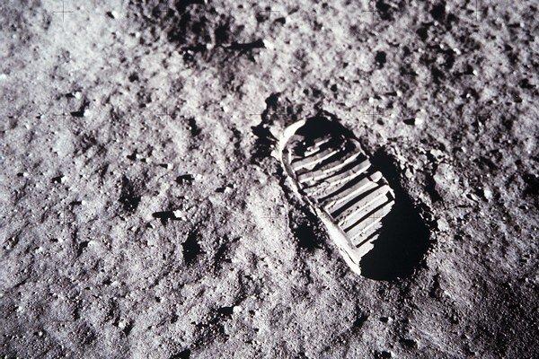 Otlačok stopy na Mesiaci.