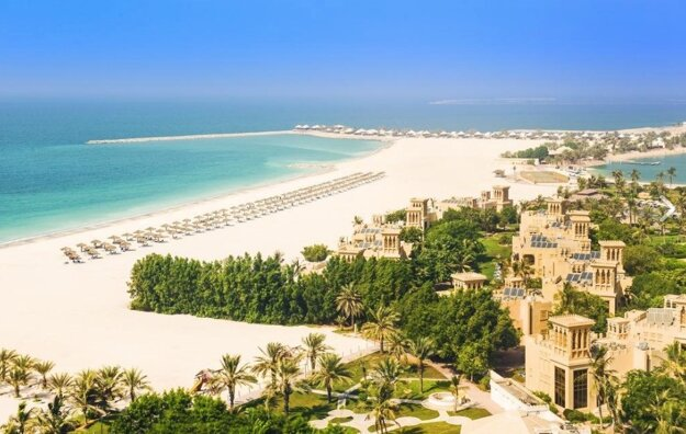 5* Hilton Al Hamra Beach & Golf Resort