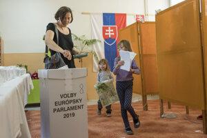 Voľby v Pezinku.