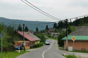 Problémy malých obcí by sa mali dostať aj do EÚ parlamentu, myslí si starosta z Hnilca.