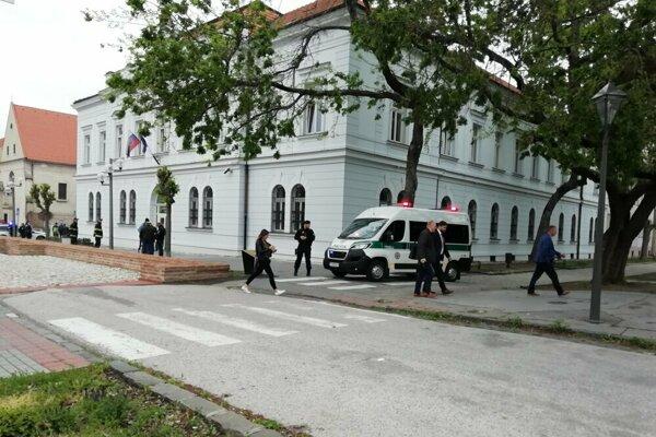 Okresný súd v Trnave ešte o dvoch vrahoch nerozhodoval.