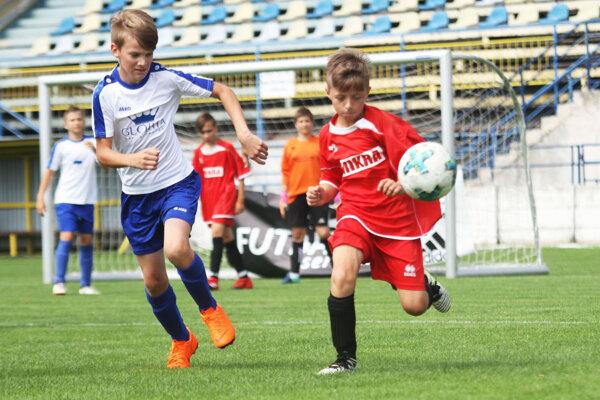 Na záver sezóny sa bude bojovať o trofeje v rámci súťaží mladších žiakov a prípraviek ObFZ Nitra.