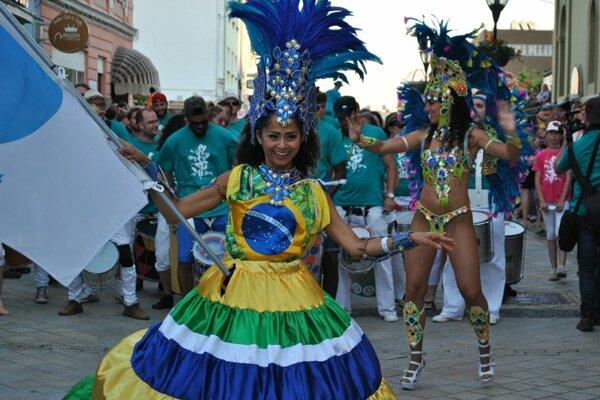 Najviac ľudí prilákal karnevalový sprievod.