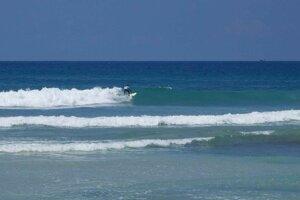 Surf súťaž na Kabalana pláži.