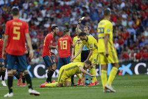 Jordi Alba dostal žltú kartu v zápase kvalifikácie na EURO 2020 Španielsko - Švédsko.