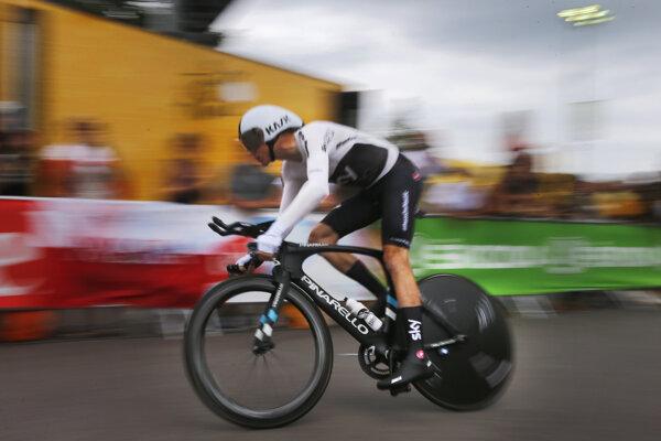 Chris Froome počas časovky na Tour de France 2018.