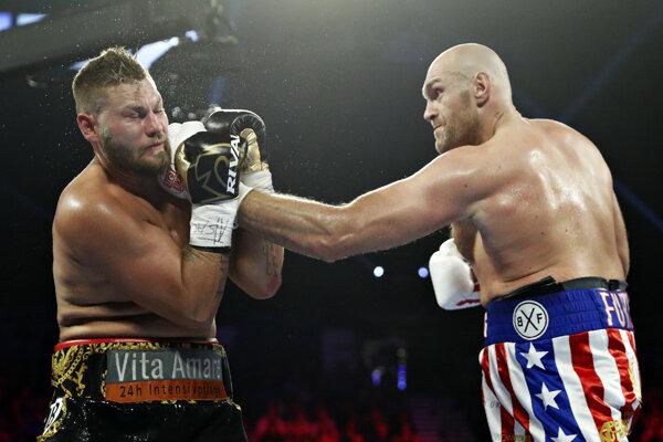 Tom Schwarz (vľavo) a Tyson Fury.