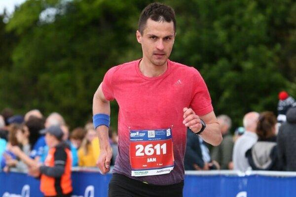 Ján Raclavský odbehol maratón v Škótsku.
