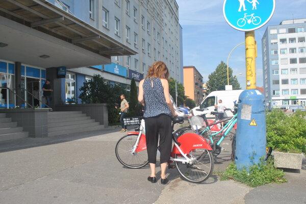 Po boome zdieľaných bicyklov chce provider požičiavať v meste aj elektrické skútre.
