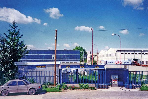 Čerpacia stanica Euro Nova oslavuje 25 rokov. takto vyzerala v roku 1994.