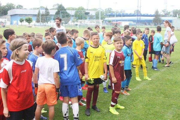 Deti z ôsmich škôl hrali na finálovom turnaji Miniligy M. Stocha.