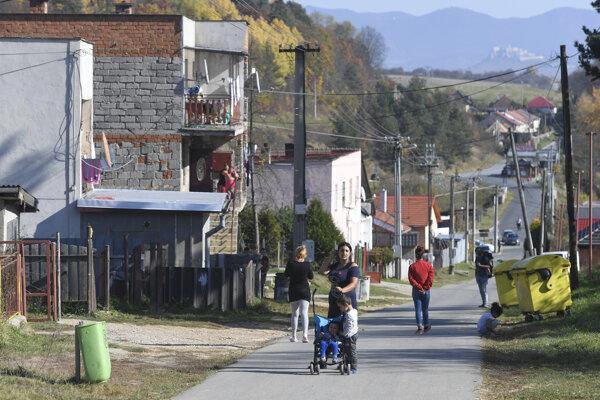 Rómska osada v Spišskom Hrhove.