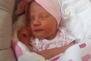 Alexandra Špániková (3380 g, 51cm) sa narodila 5. júna Denise a Martinovi z Nového Mesta nad Váhom.