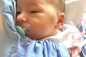 MIA Mokrá zo Zlatých Moraviec prišla na svet 23. apríla rodičom Marekovi a Martine Mokrým. Dievčatko po narodení meralo 52 cm a vážilo 3,9 kg. Na sestričku sa teší 3-ročná Lilianka.