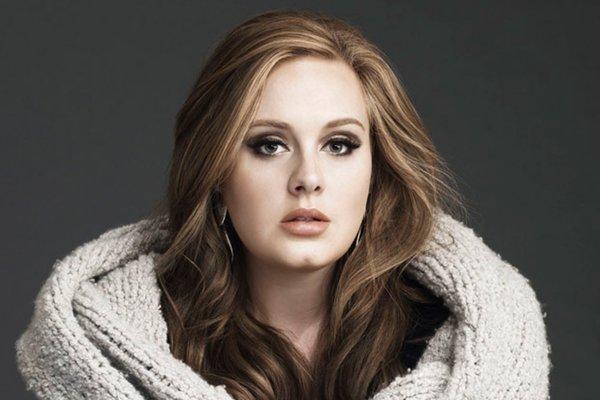 Z Adele je dnes dáma.