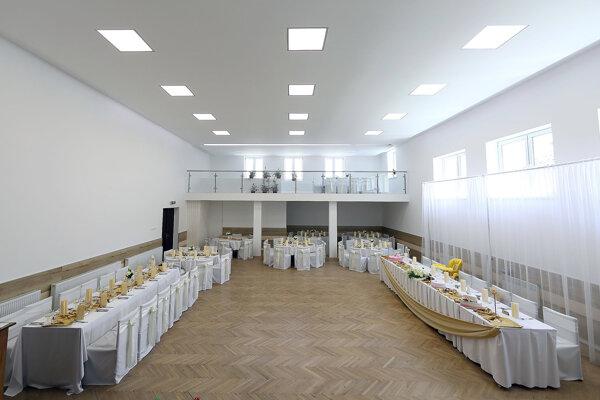 Vynovená sála kultúrneho domu.
