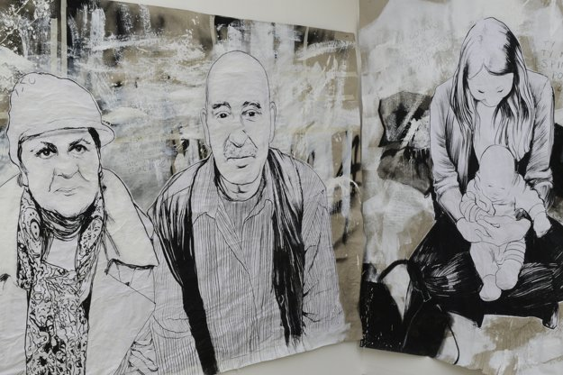Česká umelkyňa TOY_BOX kreslila utečencov v Prahe. Do svojich obrazov doplnila výroky domácich, adresované dobrovoľníkom, ktorí pomáhalimigrantom na pražskej stanici.