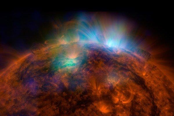 Spojený záber teleskopu NuSTAR a observatória SDO.