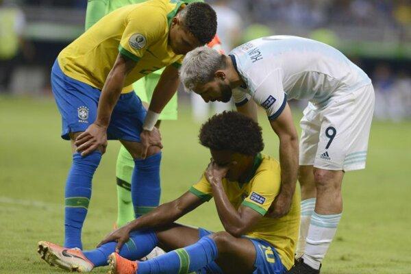 Zranený Willian v zápase semifinále  Copa America 2019 proti Argentíne.