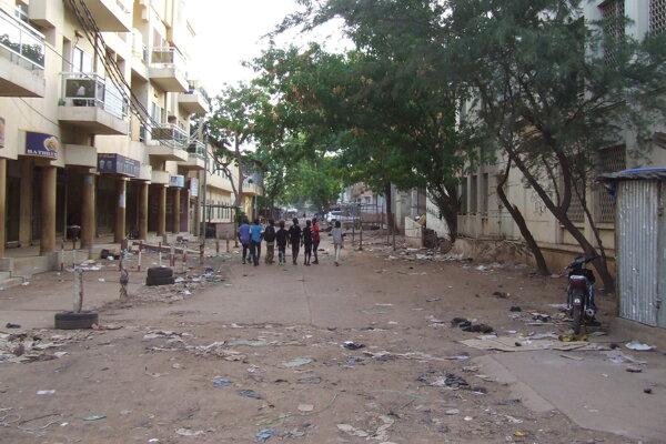 Ulica v Bamaku, hlavnom meste Mali.
