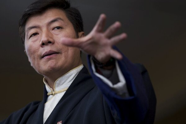 Premiér Lozang Sanggjä.