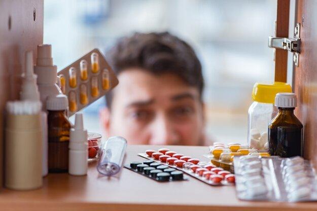 Jediný správny spôsob ako sa zbaviť starých alebo nepotrebných liekov je odovzdať ich v lekárni.