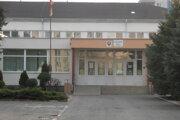Základná škola na Krymskej ulici v Michalovciach. Jej riaditeľ odsúdili, teraz ho stíhajú ako učiteľa.