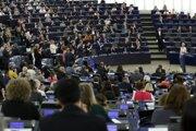 Ursula von der Leyenová v priebehu príhovoru europoslancom.