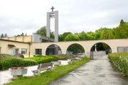 O verejný cintorín by sa mohol v budúcnosti starať mestský podnik.