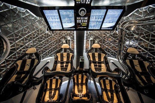 NASA si vybrala lode od Boeingu a SpaceX.