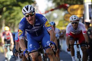 Elia Viviani víťazí vo štvrtej etape Tour de France 2019.