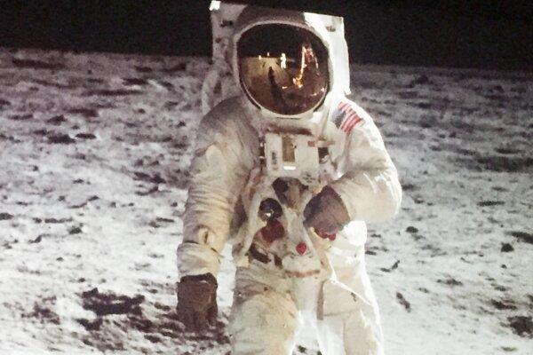 Americkú Misiu na Mesiac sledovali so zatajeným dychom aj ľudia na Slovensku.