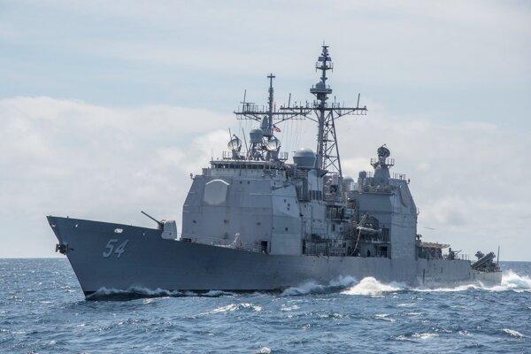 Raketový krížnik USS Antietam.