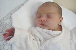Júlia Kotlebová (3100 g, 50 cm) sa narodila 15. júla Radke a Martinovi z Nového Mesta nad Váhom.