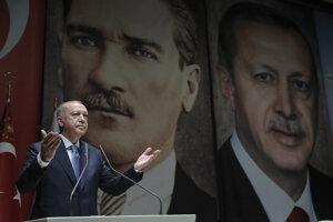 Turecký prezident Recep Tayyip Erdogan na zjazde svojej vládnucej Strany spravodlivosti a rozvoja (AKP) v Ankare.