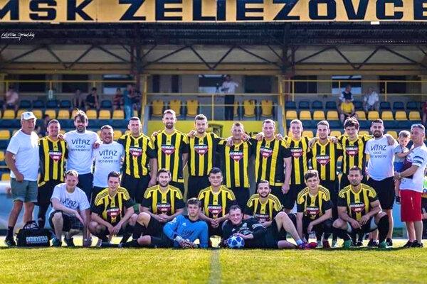 Hráči MŠK Želiezovce jednoznačne vyhrali Oblastné majstrovstvá.