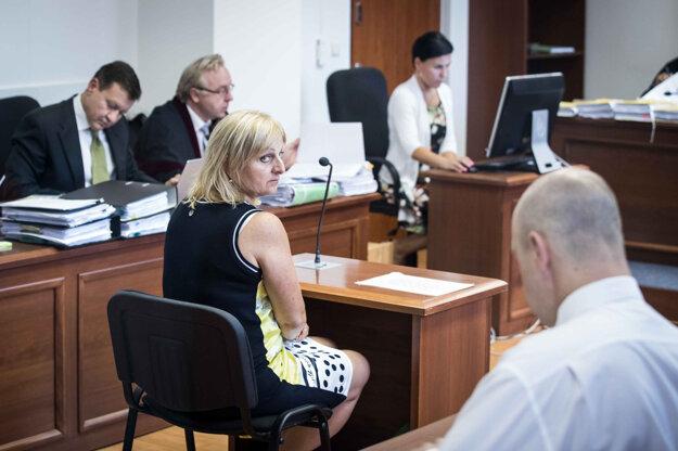 Jarmila Grujbárová, bývalá riaditeľka Kancelárie Rady pre vysielanie a retransmisiu v čase, keď Rada riešila licencie pre Markízu a Gamatex.