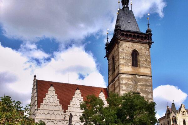 Novomestská radnica v Prahe, miesto defenestrácie z roku 1419.
