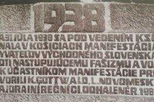 Pamätník s vytesaným textom je dnes súčasťou depozitáru Východoslovenského múzea.