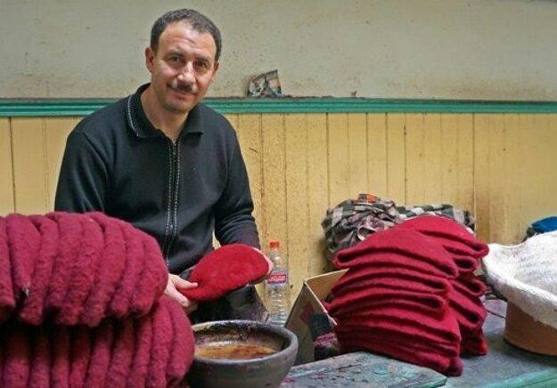 Výrobca tradičných čapíc.