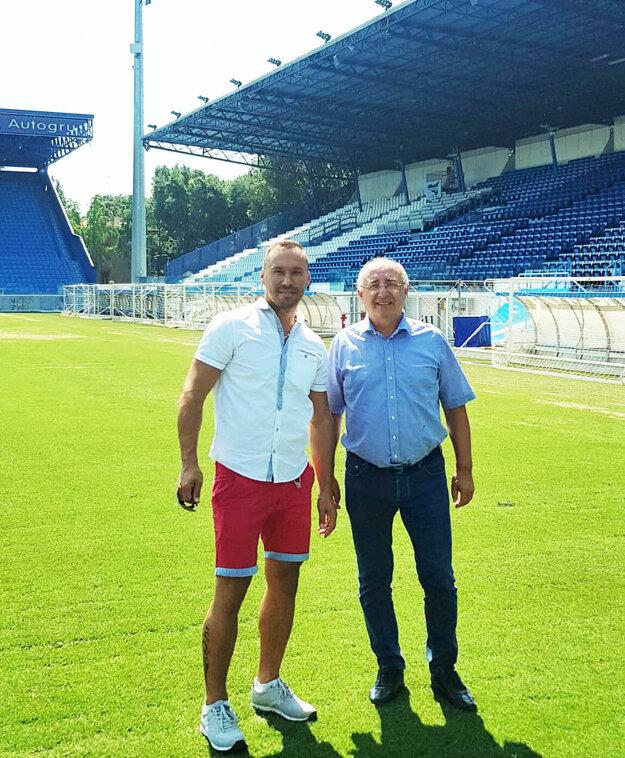 Juraj Koprda a Viliam Ondrejka na štadióne vo Ferrare.