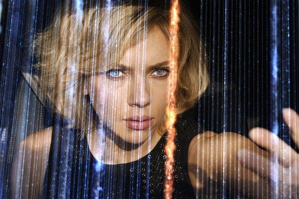 Scarlett Johansson vo filme Lucy.
