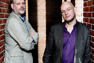 Hans Rosenfeldt (vľavo) a Michael Hjorth.