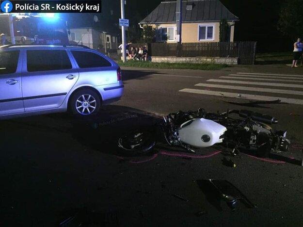 Vinníkom nehody je začínajúci šofér.